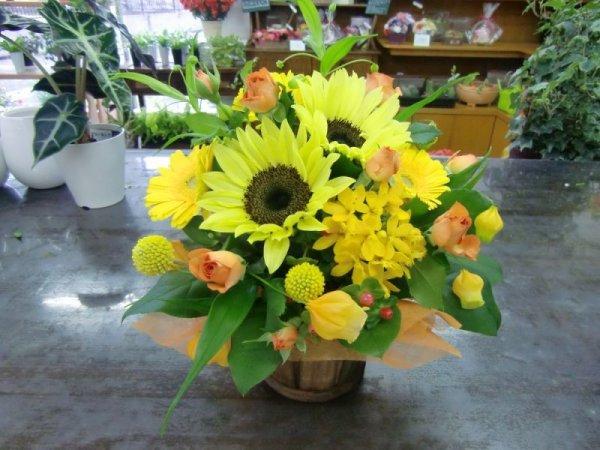 画像1: 季節のお花で・おすすめアレンジ30 (1)